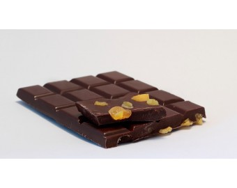 Tableta de chocolate con naranja